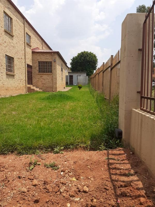 Property For Sale in Olievenhoutsbos, Centurion 2